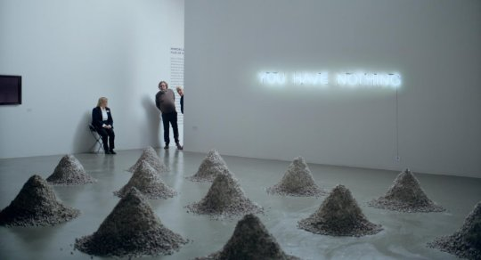 dust-mounds-in-art-exhibition